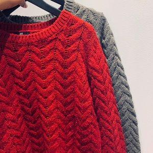 2 x || H&M || Red and Taupe Cable Knit Sweaters